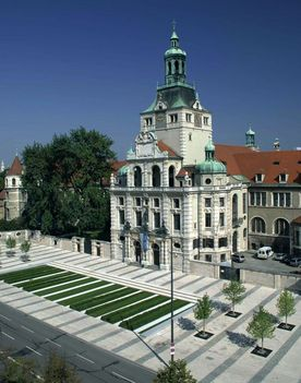 Bayerisches Nationalmuseum 276x